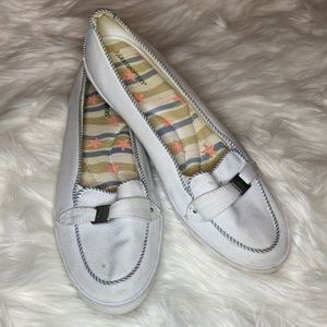 Grasshoppers white green flats loafers shoes